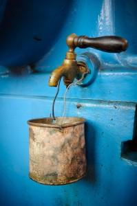 rusty faucet (680x1024)
