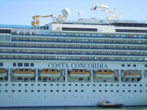 costa concordia-shutterstock 93782047 (1024x768)