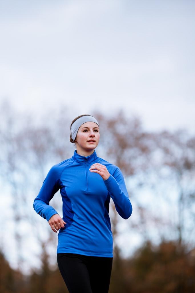 woman running_shutterstock 92073575 (683x1024) (2)