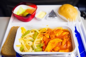 airplane meal-shutterstock_90117361 (1024x683)