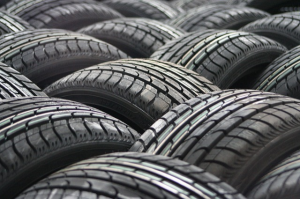 car-tyres-63928_640-resized-600