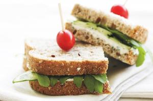 sandwich-52633_640-resized-600