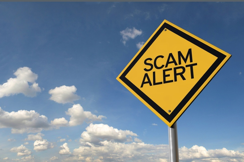 Common Travel Scams (And How To Avoid Them!)