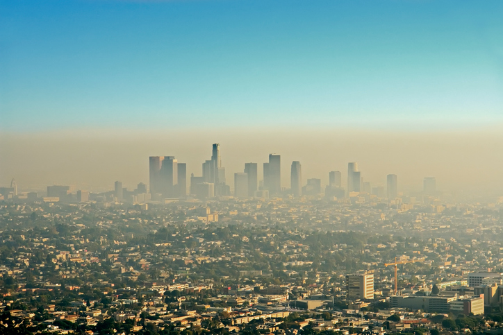 Air Pollution & Travel: 4 Effective Strategies for a Healthier Trip